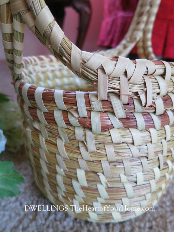 Sweetgrass basket close up