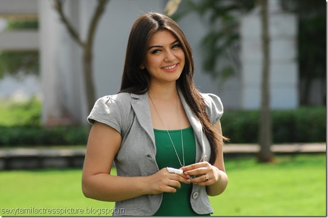 hansika-hot-in-Oru-Kal-Oru-Kannadi