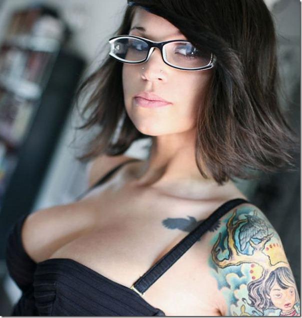 lindas mulheres de oculos (14)