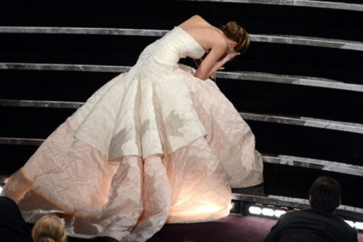 Jennifer Lawrence falls on stars at Oscars 2013