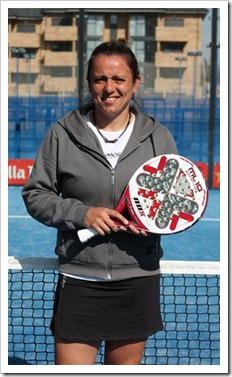 La jugadora argentina Ana Laura Grandes ficha por la firma NOX para 2012.