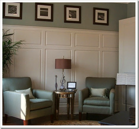 raised-panel-wainscoting