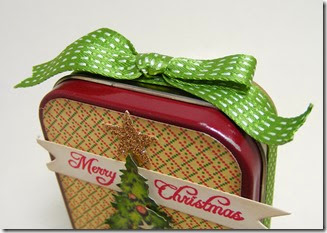 LeAnne Pugliese WeeInklings Vintage Christmas Altoid Tin Top 2014 Crafty Secrets