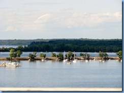 4681 Wisconsin - I-94 (US-20) - Lake St Croix from I-94 bridge crossing from Hudson, WI to Lakeland, MN