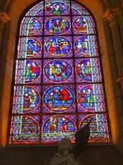 2014.09.10-011 vitraux de la cathédrale Notre-Dame