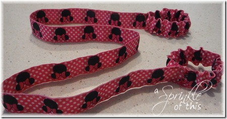 Wrist Leash {A Sprinkle of This . . . . A Dash of That}