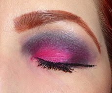 Marc Jacobs Beauty Style Eye Con No.3 The Rebel_eyes closed