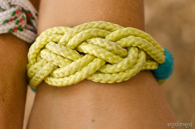 DIY Camping Bracelets | Nautical Knots | personallyandrea.com