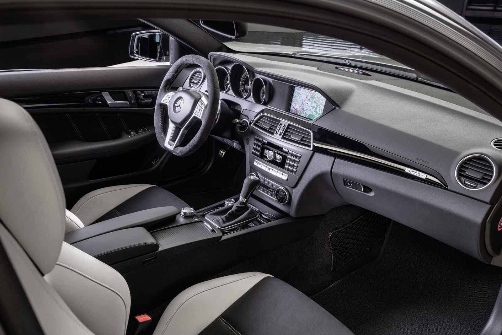 Mercedes-C63-AMG-Edition-507-7%25255B3%25255D.jpg