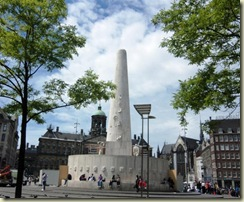 National Monument Dam Square (Small)