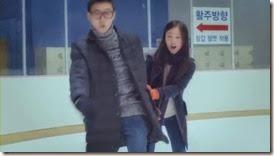 Bike Repair Shop Drops Insanely Cute Hug CF with Nam Ji Hyun and Park Hyung Sik - A Koala's Playground_2.MP4_000060518_thumb[1]