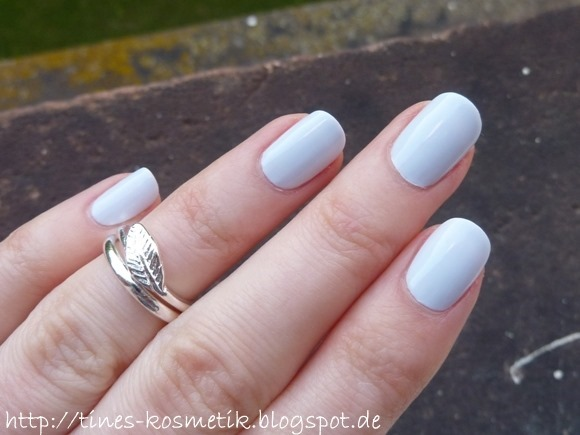 essie Find Me An Oasis 1