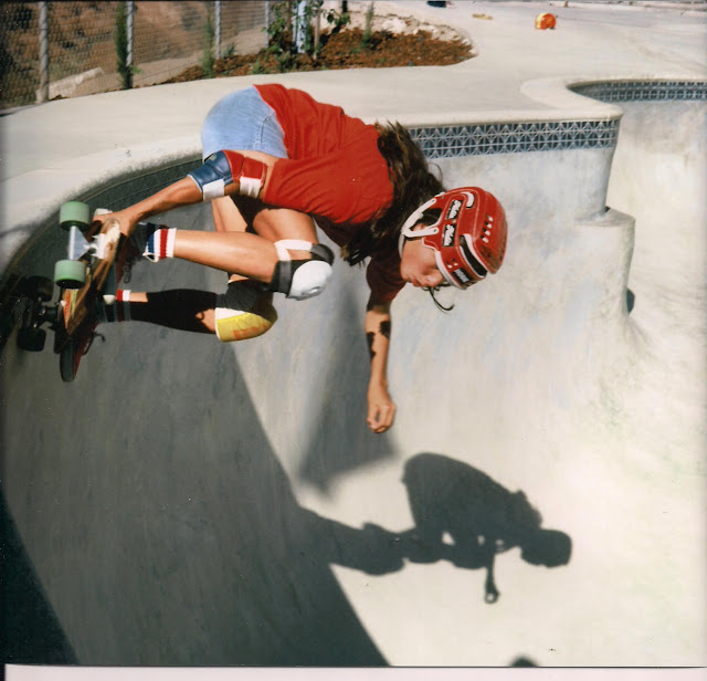 Carving the coping at Spring Valley Skate Park