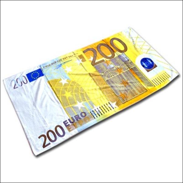 drap-de-plage-billet-200-euros