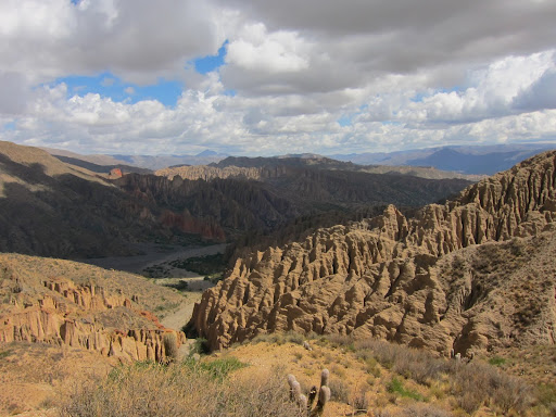 The view from the Sillar to Valle de la Luna.