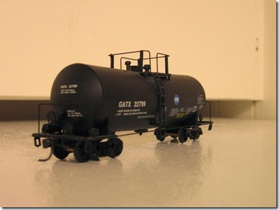 IMG_1118 GATX 22799 Tank Car by Walthers