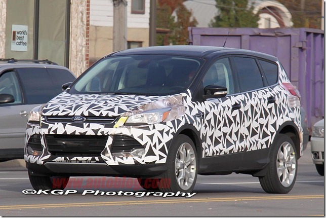 2013-ford-escape-spy-shots-003