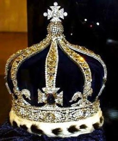 Corona de la reina Alejandra - joyas del Reino Unido