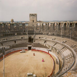 71 - Anfiteatro de Arles