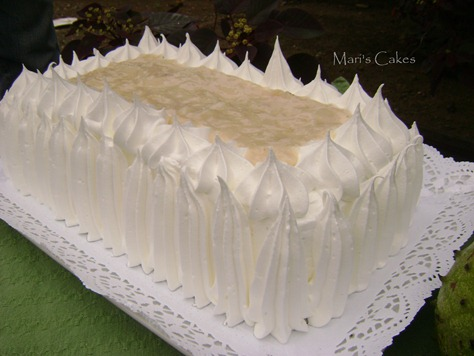 BIZCOCHO de GUANABANA, SOURSOP CAKE, DOMINICAN CAKE, BIZCOCHO DOMINICANO