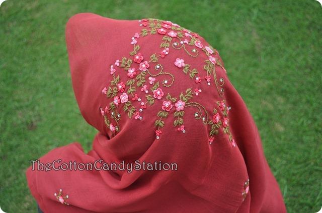 model bawal crown (1)