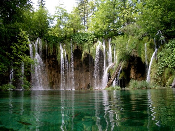 Plitvice-Lake-Croatia6-728x546