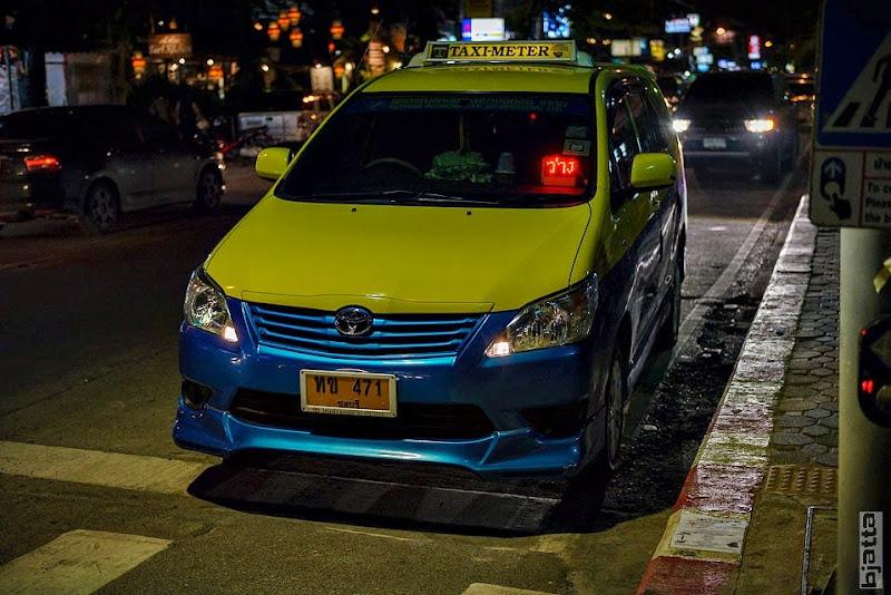 2557_Thailand_Pattaya_Jomtien_transport_tuk_tuk_tuck_tuck_taxi-25
