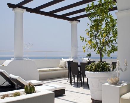 muebles-de-jardin-decoracion-exterior-villa-ercolano-fabrizia-frezza-arquitectura