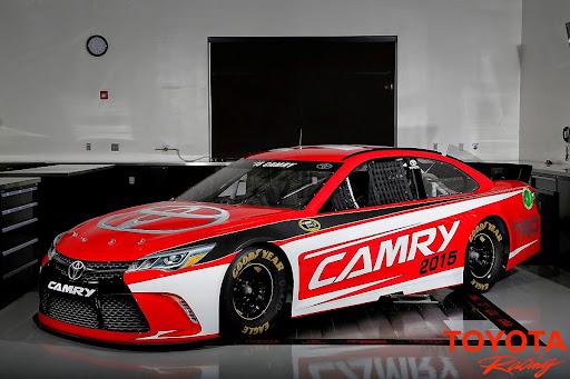 2015-Toyota-Camry-NASCAR-01.jpg