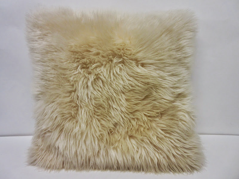 Auskin Pillow