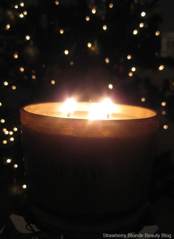 Neom-Christmas-Wish-candle-2012-pics