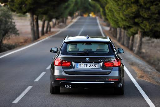 2013-BMW-3-Series-11.jpg