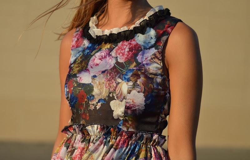 Florar Print, Flowers, Dress, Romantic Dress, Chic, Dolce & Gabbana Dress Inspired