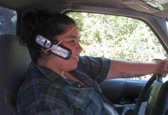 menelpo bagi yang mengemudi