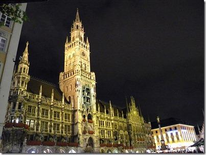 Neues_Rathaus_Munich_Germany