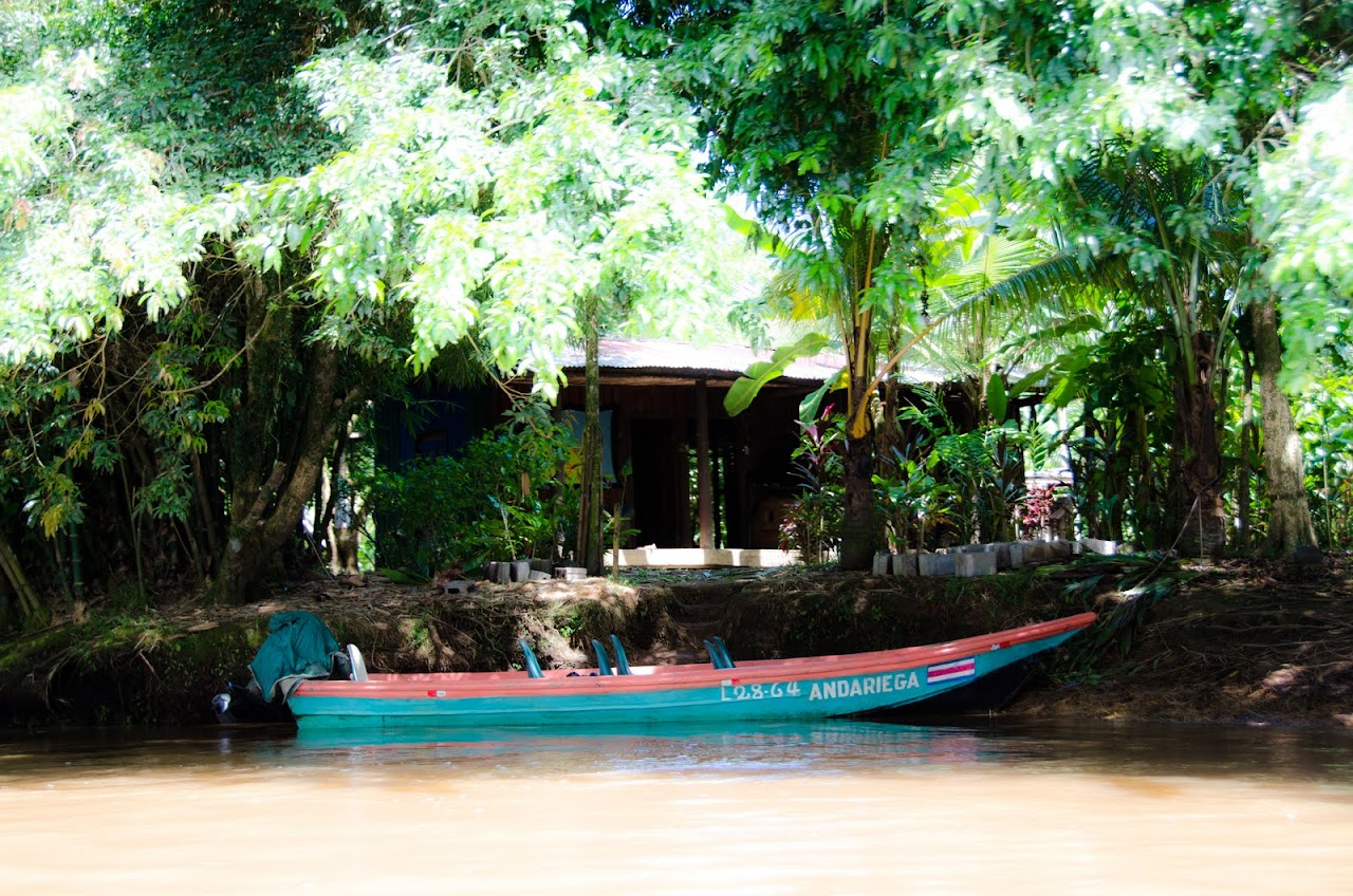 Costa Rican canoe