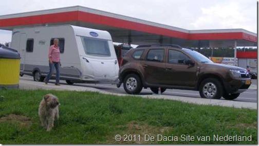 Dacia Duster 4x4 Caravantrekker 01