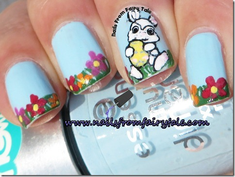 easter-bunny-in-a-grass-nail-art