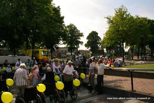 rolstoeldriedaagse dag 1  overloon 05 juli  2011 (1).JPG
