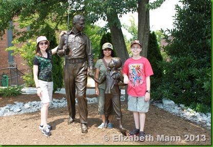 Andy Griffith and Opie statue