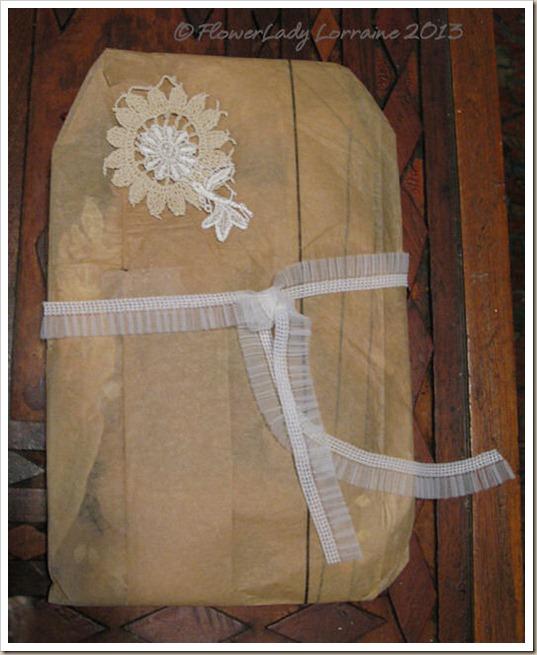 01-12-suzyq-gift-wrap