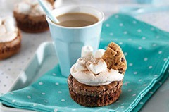 Hot-Chocolate-Brownie-Cupcakes-58623 (1)