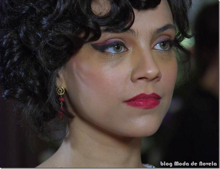 moda da novela amor eterno amor - maquiagem da miriam capítulo 17jul12