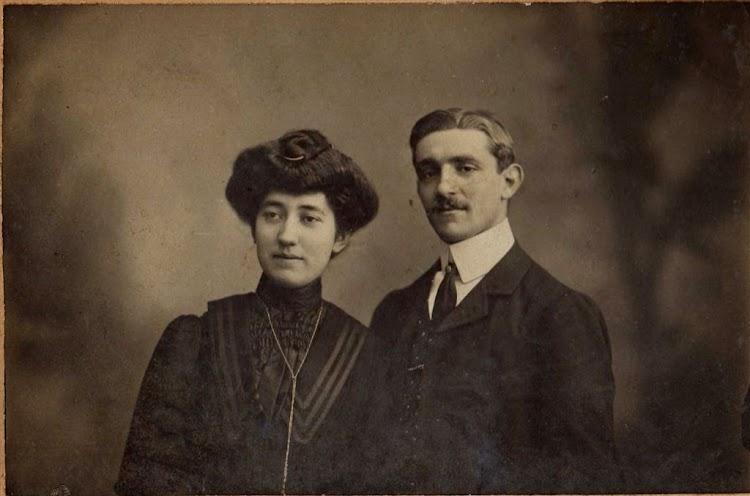 Bibiano Olaizola Aldalur y Juana Sarría. Foto Alberto. De la web Olaizola.es.jpg