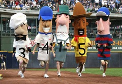 mlb-sausage-race