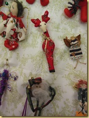 Xmas pin dolls close up