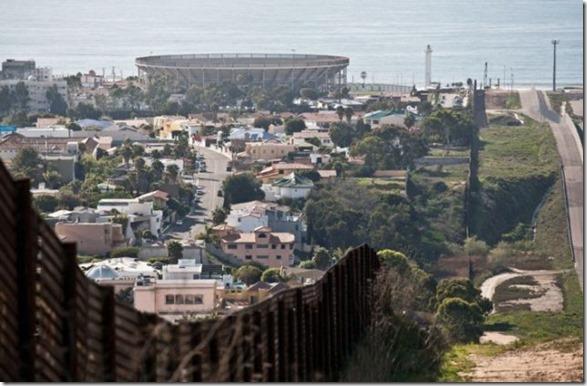 us-mexico-border-24