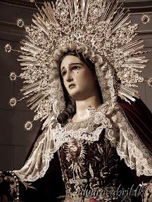 maria-santisima-del-sacromonte-vestida-para-el-mes-del-rosario-alvaro-abril-2013-(10).jpg