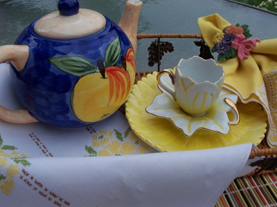 [yellow%2520teacup%2520008%255B2%255D.jpg]