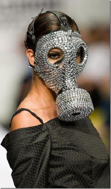 funny-fashion-serious-11